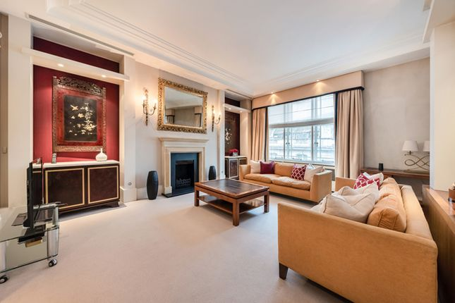 Thumbnail Flat for sale in Arlington Street, Mayfair