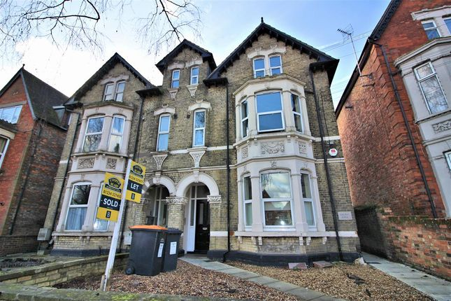 Thumbnail Studio for sale in Clapham Road, Bedford
