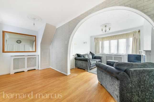 Thumbnail Terraced house to rent in Buckland Way, Worcester Park