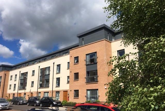 Thumbnail Flat to rent in Pinkhill Park, Edinburgh