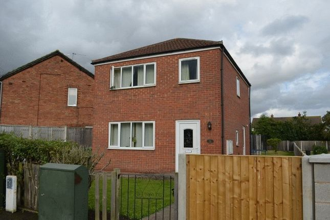 Thumbnail Detached house to rent in Milton Road, Scunthorpe