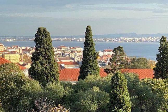 Thumbnail Property for sale in Campo De Ourique, Estrela, Lisbon