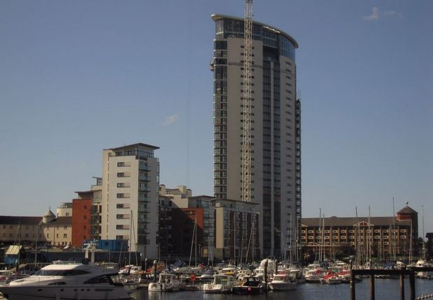 Thumbnail Flat to rent in Meridian Tower, Maritime Quarter, Swansea
