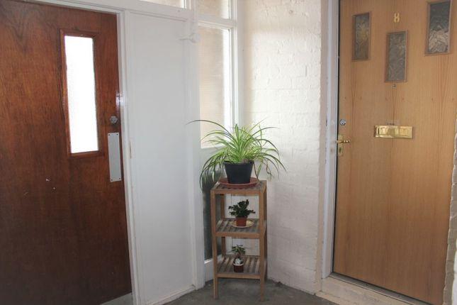 Entrance of Parker Place, Kilsyth G65