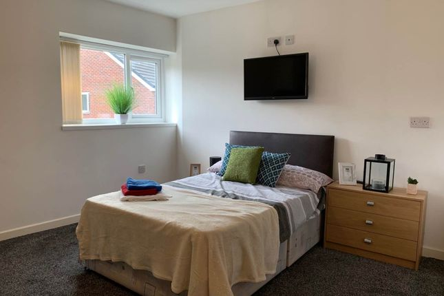 Thumbnail Flat to rent in The Hollies, Tong Road, Leeds