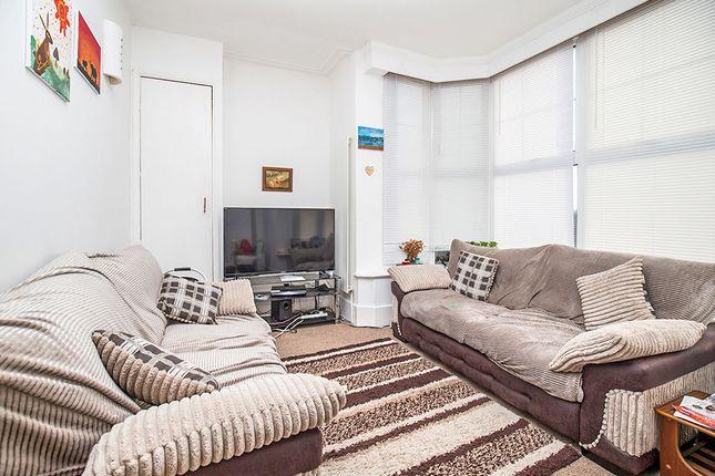 Thumbnail Flat to rent in Marine Drive West, Bognor Regis