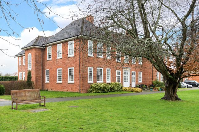 Thumbnail Maisonette for sale in Leyfield Villa, Cayton Road, Coulsdon, Surrey
