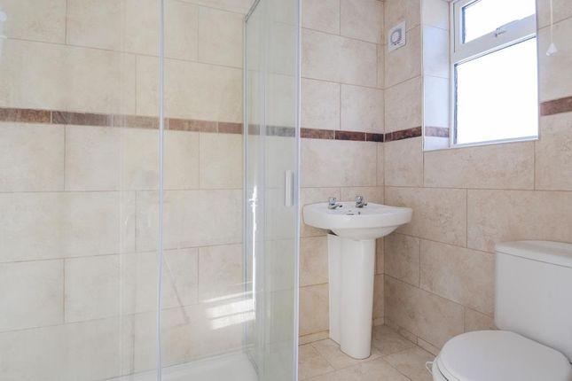 Bathroom of Newbury, Berkshire RG14