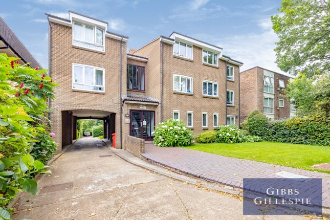 Thumbnail Flat to rent in Avon Court, The Avenue, Hatch End, Pinner
