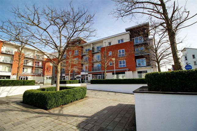 Thumbnail Flat for sale in Merrick House, Whale Avenue, Reading, Berkshire