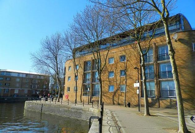 Thumbnail Flat to rent in Brunswick Quay, Surrey Quays