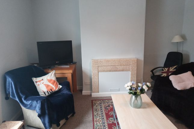 Thumbnail Terraced house to rent in Homefield Road, Heavitree, Exeter