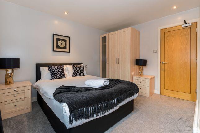 Thumbnail Flat to rent in Waterloo Street, Leeds