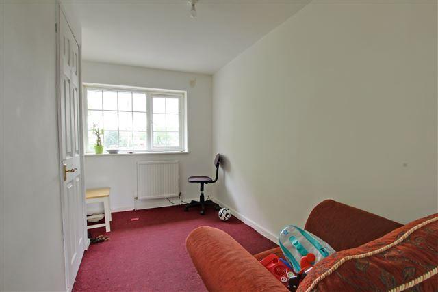 Bed 3 of Gresham Walk, Tilgate, Crawley RH10