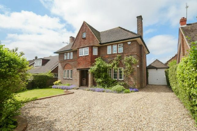 Thumbnail Detached house to rent in Chenies Avenue, Little Chalfont, Amersham