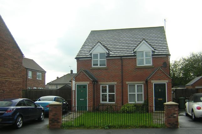 Thumbnail Semi-detached house to rent in Greyfriars Close, Ahby, Scunthorpe