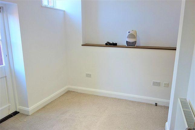 Bedroom of Woodland Hall, Woodland Place, Penarth CF64