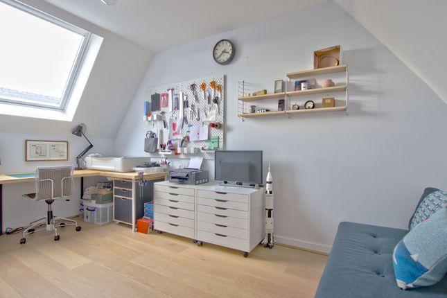 Bedroom of Royal Way, Trumpington, Cambridge CB2