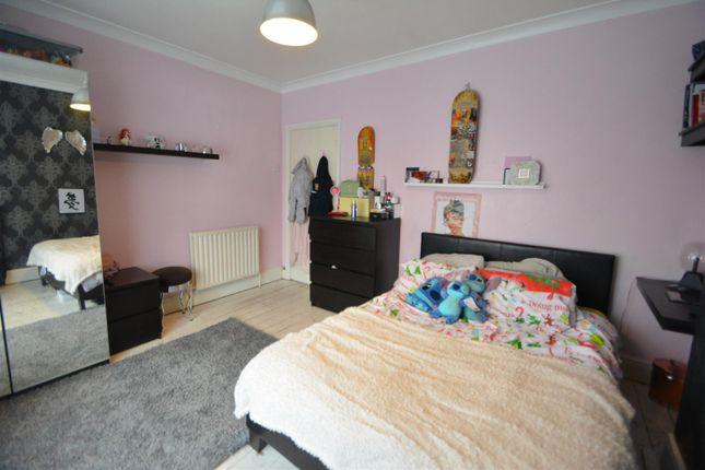 Bedroom 1 of Hawthorne Avenue, Long Eaton, Nottingham NG10
