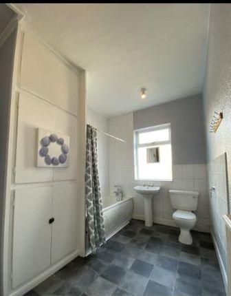 Bathroom of Baxter Avenue, Doncaster DN1