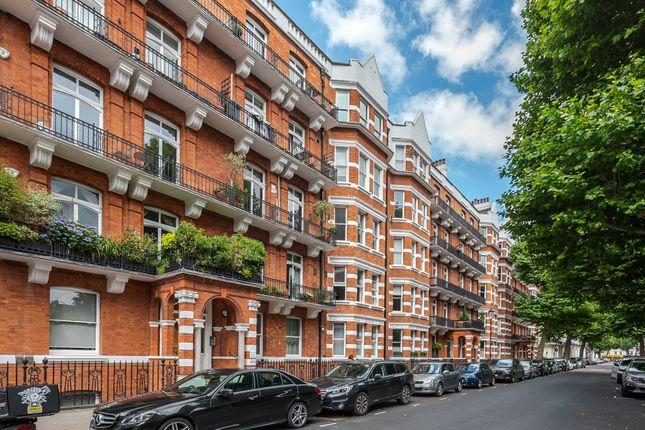 Thumbnail Flat to rent in Trebovir Road, Earl's Court, London