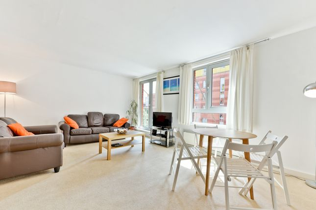 Thumbnail Flat for sale in Eden Grove, London