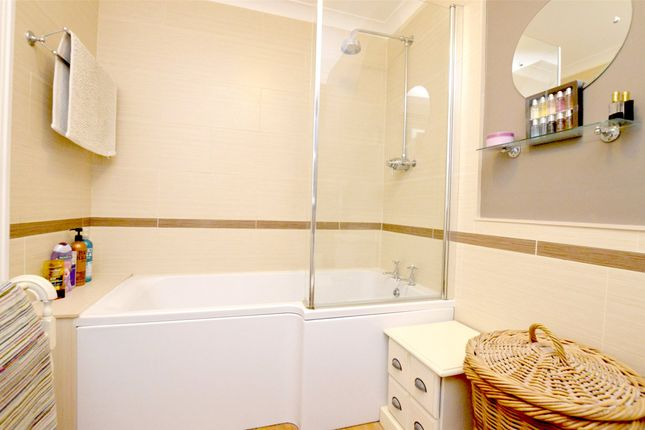 Picture No. 36 of September Cottage Selsley Road, North Woodchester, Stroud, Gloucestershire GL5