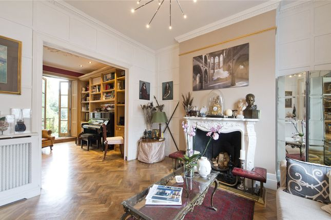 5 bed terraced house for sale in Lamont Road, London