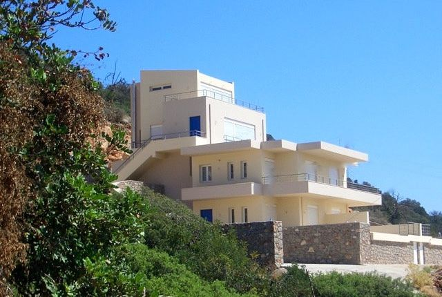 Villa for sale in Three Stunning Villas For Sale In Crete, Greece., Agios Nikoloas, Greece