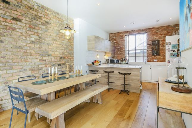 Thumbnail Maisonette for sale in Catherine Grove, Greenwich