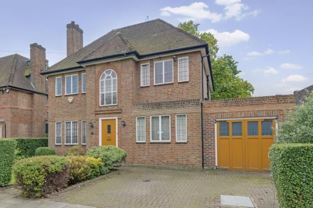 Thumbnail Detached house for sale in Meadway, Hampstead Garden Suburb, London