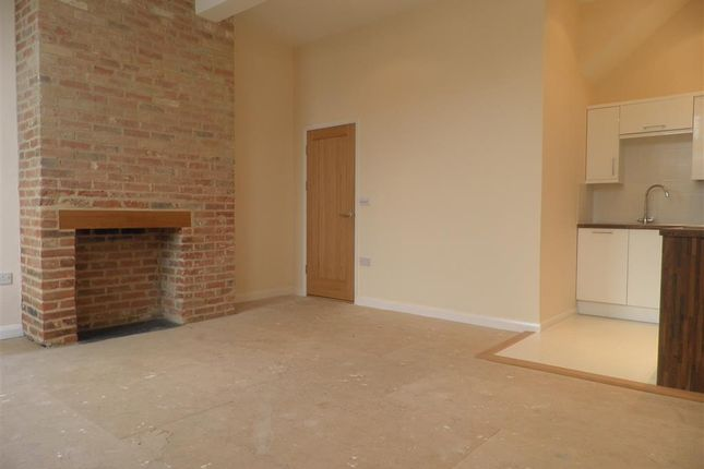 1 bed flat to rent in Market Hill, Sudbury