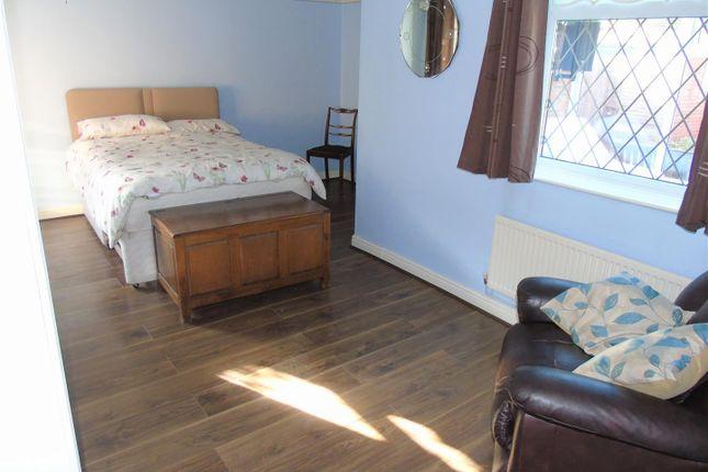 Bedroom of Village Nook, Greenside Avenue, Aintree Village L10