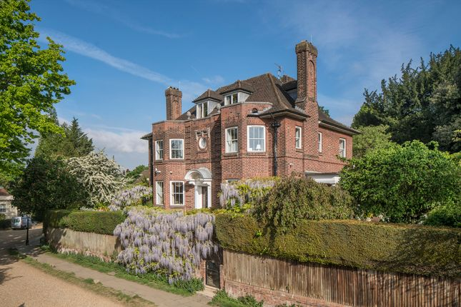 Thumbnail Detached house for sale in Frognal Way, Hampstead Village