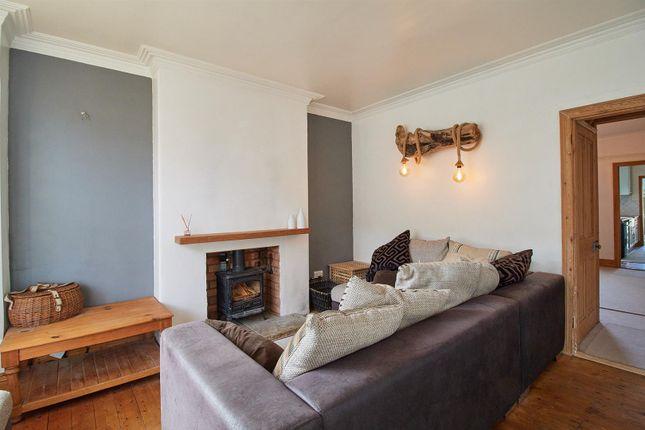 31 Highfields Road Hinckley Lounge