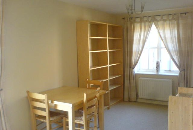 Thumbnail Flat to rent in Lancelot Court, Victoria Dock, Hull