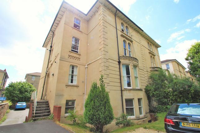 Thumbnail Flat to rent in Westfield Park, Redland, Bristol