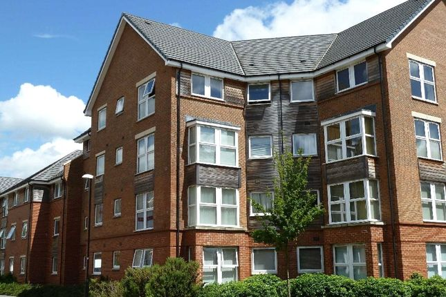 Flat to rent in Chain Court, Okus, Swindon
