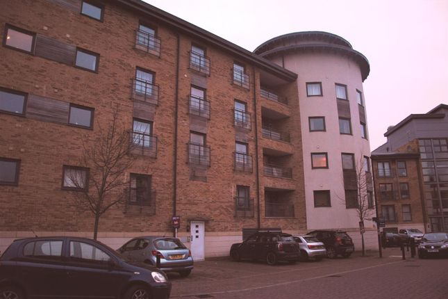 Thumbnail Flat to rent in Tuke Walk, Old Town, Swindon