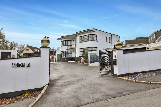 4 bed detached house for sale in Bryn Road, Pontllanfraith, Blackwood NP12