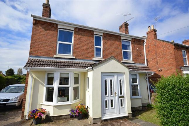 3 bed property for sale in Station Road, North Hykeham, Lincoln