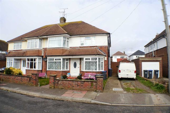 Thumbnail Flat for sale in Chesham Close, Goring-By-Sea, Worthing
