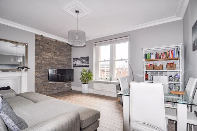 Thumbnail Flat for sale in Eaton Crescent, Clifton