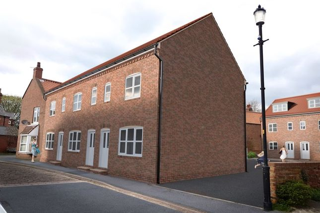 Thumbnail Terraced house for sale in Millgate Court, Selby