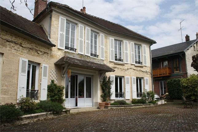 Thumbnail Property for sale in Picardie, Oise, Precy Sur Oise