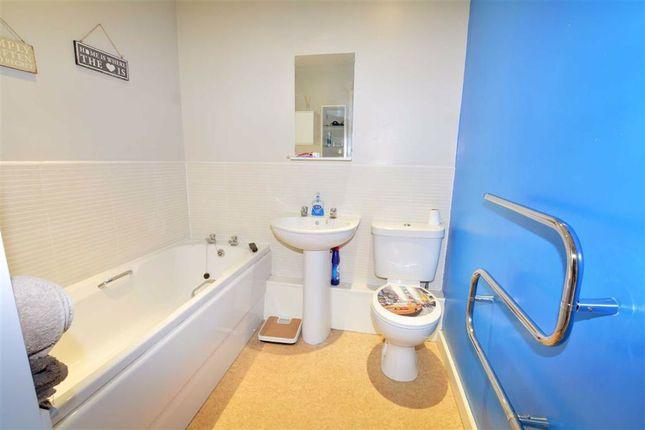 Family Bathroom of Castle Mews, Pontefract WF8