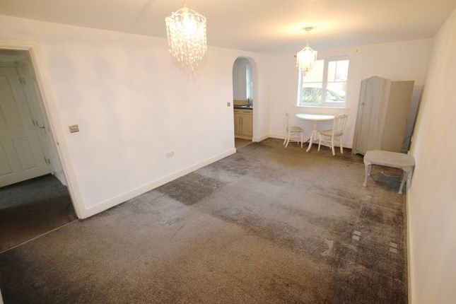 Thumbnail Flat to rent in Jubilee Road, Walmer Bridge, Preston