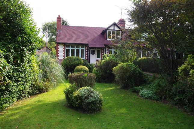 3 bed semi-detached house for sale in Old Brighton Road, Lewes