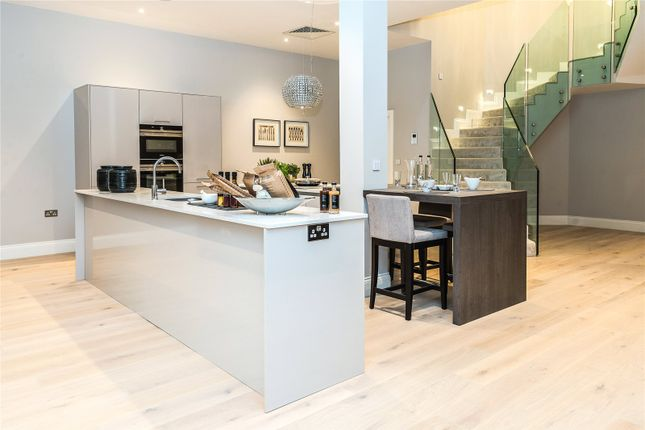 2 bed flat for sale in Victoria Residences, Victoria Street, Windsor, Berkshire SL4