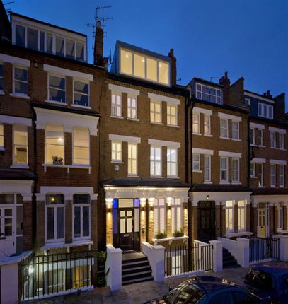 Thumbnail Property for sale in Primrose Gardens, London